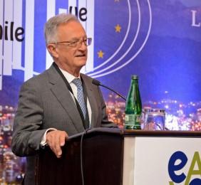 Ángel Durández inaugurando la Sesión