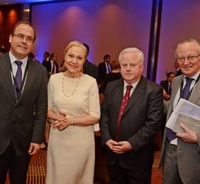 Ministro Alberto Undurraga, Benita Ferrero-Waldner, Osvaldo Puccio, Josep Pique