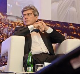 Embajador Rafael Dochao