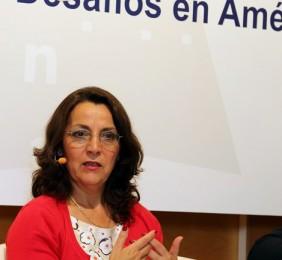 Paloma Barba durante su ponencia