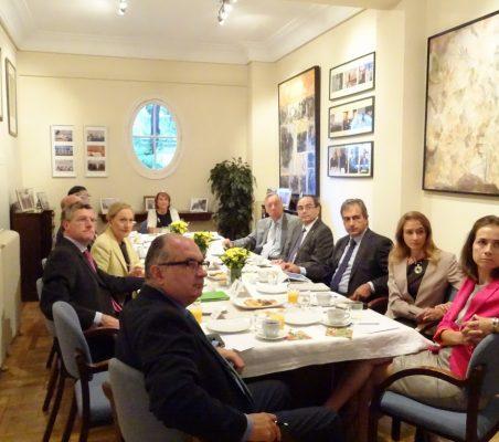 desayuno-embajador-paraguay-15