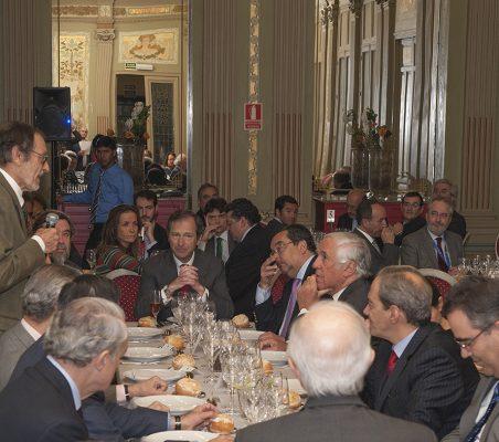 Almuerzo-coloquio con Carlos Espinosa de los Monteros y con José Manuel González-Páramo