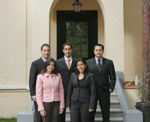 Becarios IE Business School