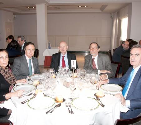 Almuerzo-coloquio con Benita Ferrero-Waldner y Carlos Solchaga