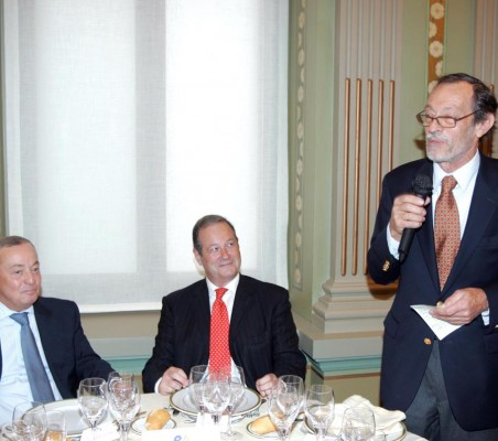 Carlos Solchaga,  Víctor Moreno, Emilio Cassinello