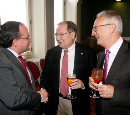 Carlos Álvarez, Juan Pérez Mercader,Ángel Durández