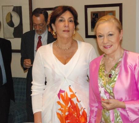 Mª salvadora Ortiz, Benita Ferrero- Waldner