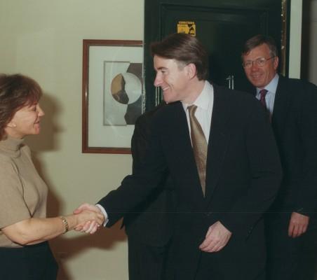 Mandelson01_01