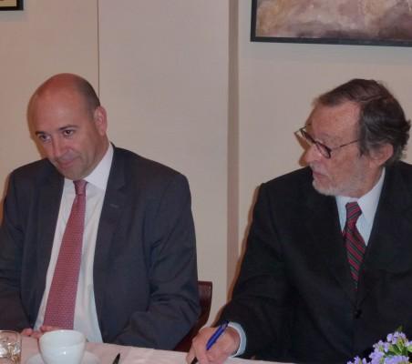 Fernando Carro, Emilio Cassinello