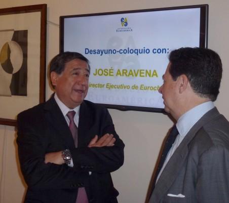 Aravena2015_03