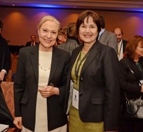 Benita Ferrero-Waldner y la Ministra Castillo
