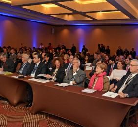Vista del público  en la sesión  de apertura