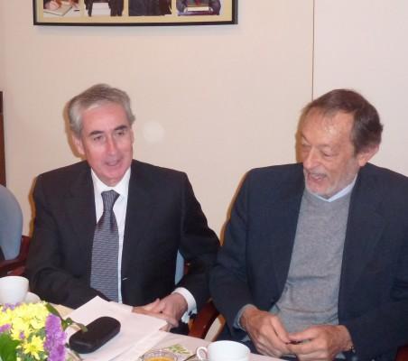 Ramón Jáuregui, y Emilio Cassinello