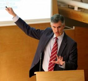 Alejandro Álvarez Von Gustedt,Representante en Europa del Banco Interamericano de Desarrollo, BID