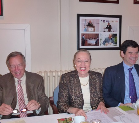 Carsten Moser, Benita Ferrero-Waldner y José María Sanz-Magallón