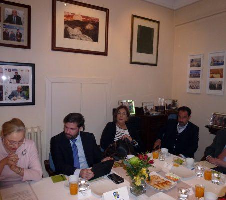 Benita Ferrero-Waldner, Benjamín Vélez, María Salvadora Ortiz, Federico Poli y Beltrán Gambier