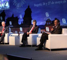 Eamon Gilmore, Rafael Pardo Rueda, Emilio Cassinello