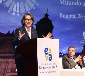 Secretaria General Iberoamericana Rebeca Grynspan y  Francisco Javier Echeverri