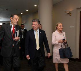 Emilio Cassinello, Presidente Santos y Benita Ferrero-Waldner