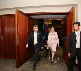 Llegada del Presidente Juan Manuel Santos y Benita Ferrero-Waldner
