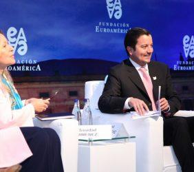 Trinidad Jiménez y Ministro David Luna