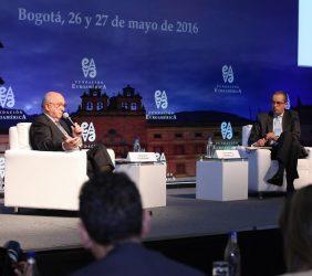 Joaquín Almunia, Fernando Carrillo