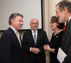 Juan Manuel Santos, Joaquín Almunia, Rebeca Grynspan, Emilio Cassinello