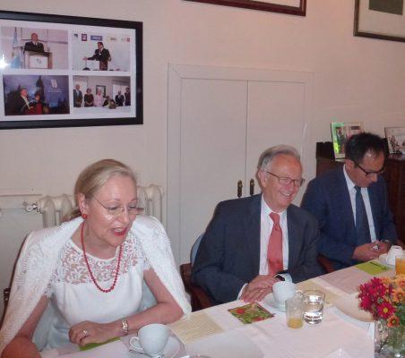 Benita Ferrero-Waldner, Ángel Durández y Reynaldo Portugal