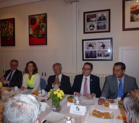 Eduardo Henriques, Inés Menéndez, Ángel Durández, Juan Manuel Uribe e Ignacio Gutiérrez