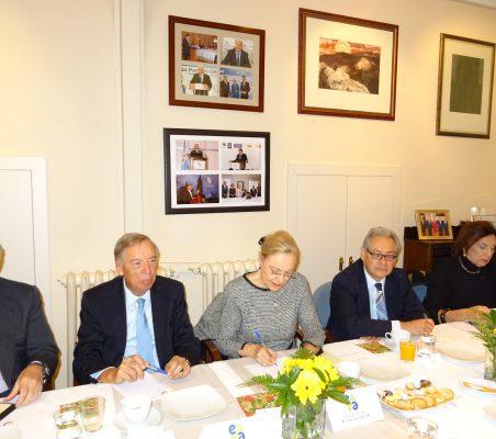 José Luis López-Schümmer, Carsten Moser, Benita Ferrero-Waldner, Germán Rios y María Salvadora Ortiz