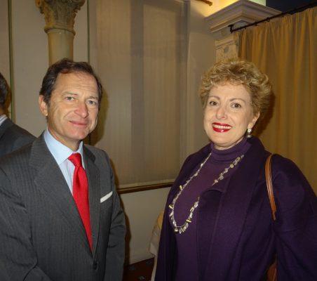 Borja Baselga, Director de Fundación Banco Santander, y Roberta Lajous, Embajadora de México
