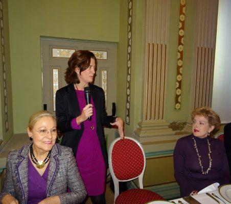 Benita Ferrero-Waldner, Presidenta de la Fundación Euroamérica; Alejandra Kindelán, Banco Santander, y Roberta Lajous, Embajadora de México