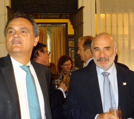 Francisco Ribeiro de Menezes, Embajador de Portugal, y Alberto Furmanski, Embajador de Colombia