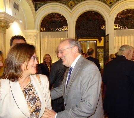 Doris Osterlof, Embajadora de Costa Rica, y Fernando García Casas