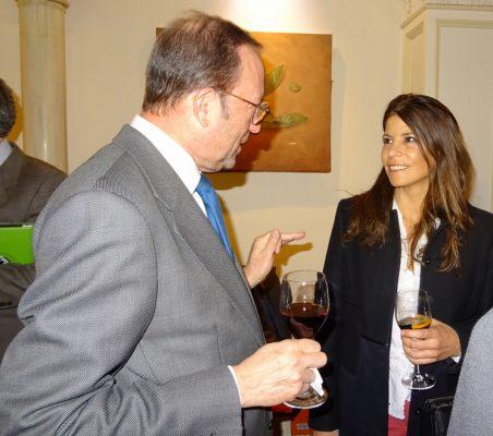 Félix Losada, Director de Marketing y RRII de Deloitte, y Luciana Binaghi, Gabinete de Presidencia de Gobierno