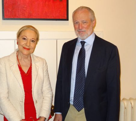 Benita Ferrero-Waldner, Presidenta de la Fundación Euroamérica, y José Luis López-Schümmer, Chief Representation Officer del Grupo Daimler España