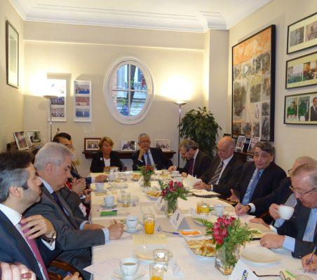 Asistentes al Desayuno con Jean Fribourg