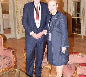 Adrianus Koetsenruijter y Benita Ferrero-Waldner