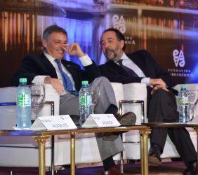 Francisco Cabrera, Ministro de Producción,  y Carlos López Blanco , Telefónica