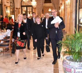 Ministra Susana Mabel Malcorra, Benita Ferrero-Waldner, José Manuel González-Páramo