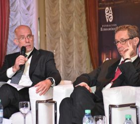 Juan M. Márquez de ICEX con el Embajador de Alemania en Argentina Bernhard Graf Von Waldersee