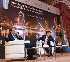Pablo Clusellas, Secretario Legal y Técnico de la Presidencia de la Nación, Argentina y José del Río, Secretario General de Redacción del Diario La Nación