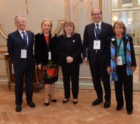 Angel Durández, Benita Ferrero-Waldner, Susana Mabel Malcorra, José Manuel González-Páramo, Luisa Peña