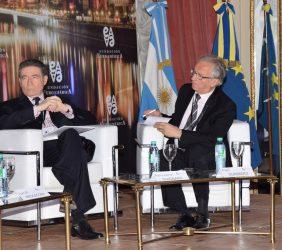 Bernhard Graf Von Waldersee, Embajador de Alemania en Argentina y Ángel Durández