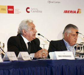 Max Hernández, Secretario General Técnico del Acuerdo Nacional, Perú, y Miguel Ángel Bastenier, El País, España