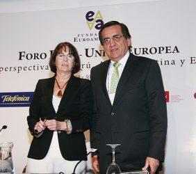 Rosa Conde, Directora de la Fundación Carolina, y Jorge del Castillo, Presidente del Consejo de Ministros, Perú