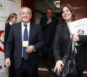 Carlos Solchaga y Mercedes Araoz, Ministra de Comercio Exterior y Turismo del Perú