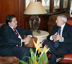 Alan García, Presidente del Perú, y Carlos Solchaga