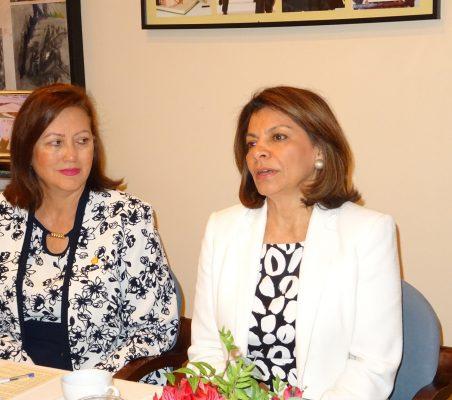 Doris Osterlof, Embajadora de Costa Rica, y Laura Chinchilla, Ex presidenta de Costa Rica