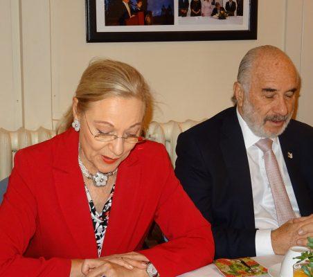 Benita Ferrero-Waldner, Presidenta de la Fundación Euroamérica, y Alberto Furmanski, Embajador de Colombia